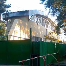 magazin-bilya-metro-darnicya (2)